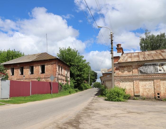 В Клинцах власти снесли еще одно здание Старого города
