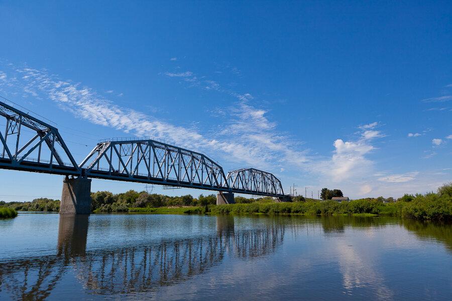 В Брянском краеведческом музее проходит выставка в память о взрыве Голубого моста