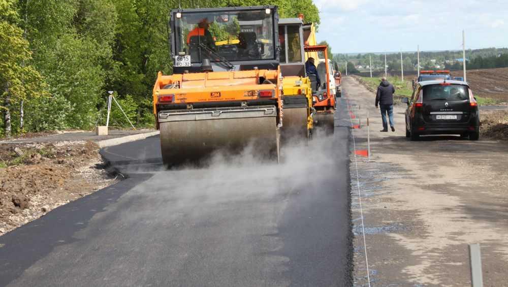 В Брянской области отремонтировали участок дороги до села Теменичи