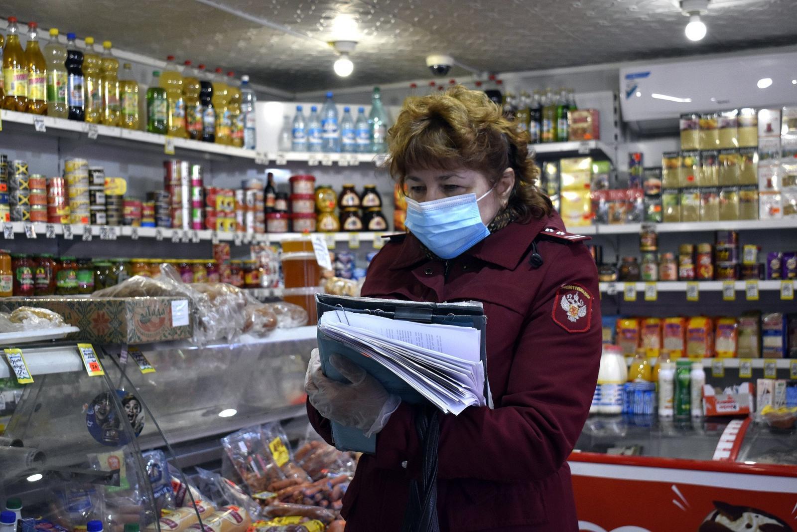 В Брянске за продажу пива несовершеннолетней девушке осудят продавца павильона