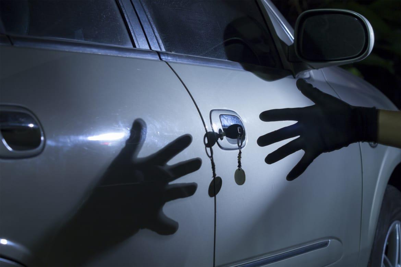 В Брянске автовладелец просит найти угнанную иномарку Kia Rio