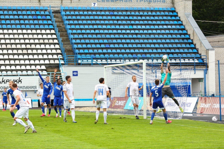 Брянское «Динамо» победило в первом матче Бетсити-Кубка России