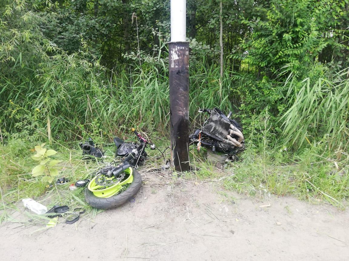 В брянском посёлке Белые Берега погиб в результате ДТП 51-летний мотоциклист