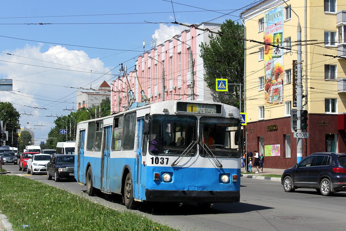 В Брянске изменили расписание курсирующих через 10-й микрорайон автобусов