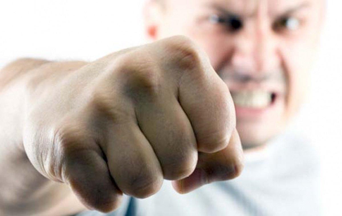 Житель Гордеевки избивает супругу «для укрепления брака»