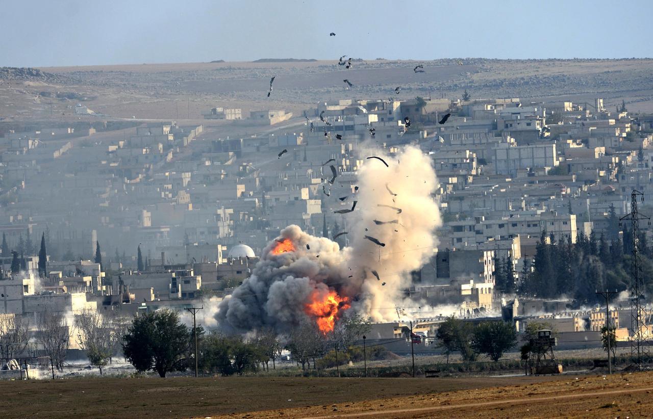 Америка нанесла удары фосфорными боеприпасами вбоях за Дейр эз-Зор