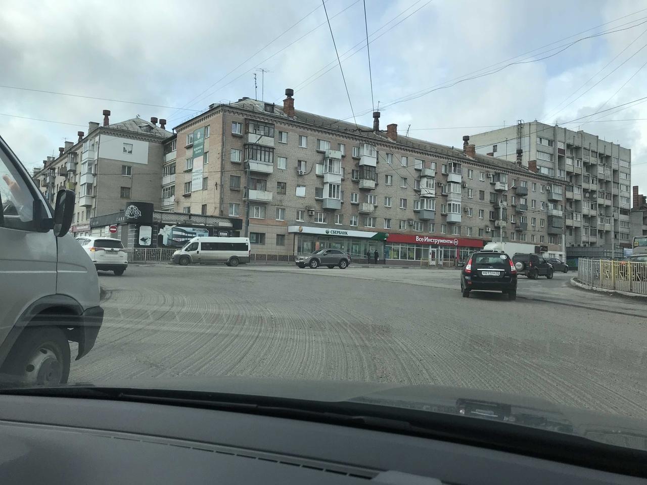 Начался ремонт кольца в Московском микрорайоне в Брянске