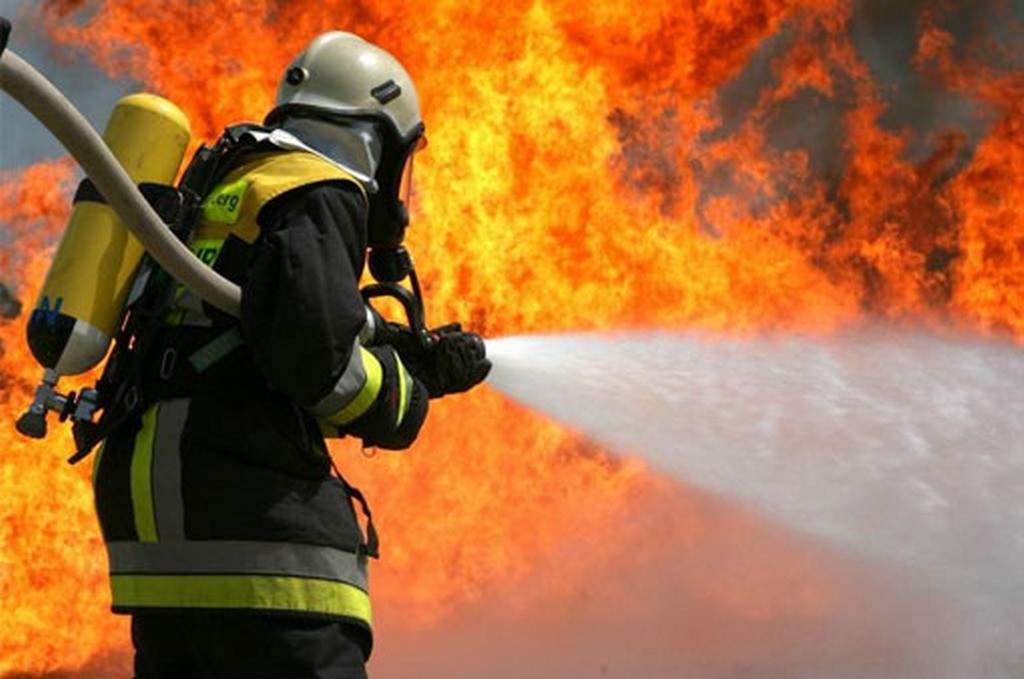 В Дятьково загорелась квартира в пятиэтажке