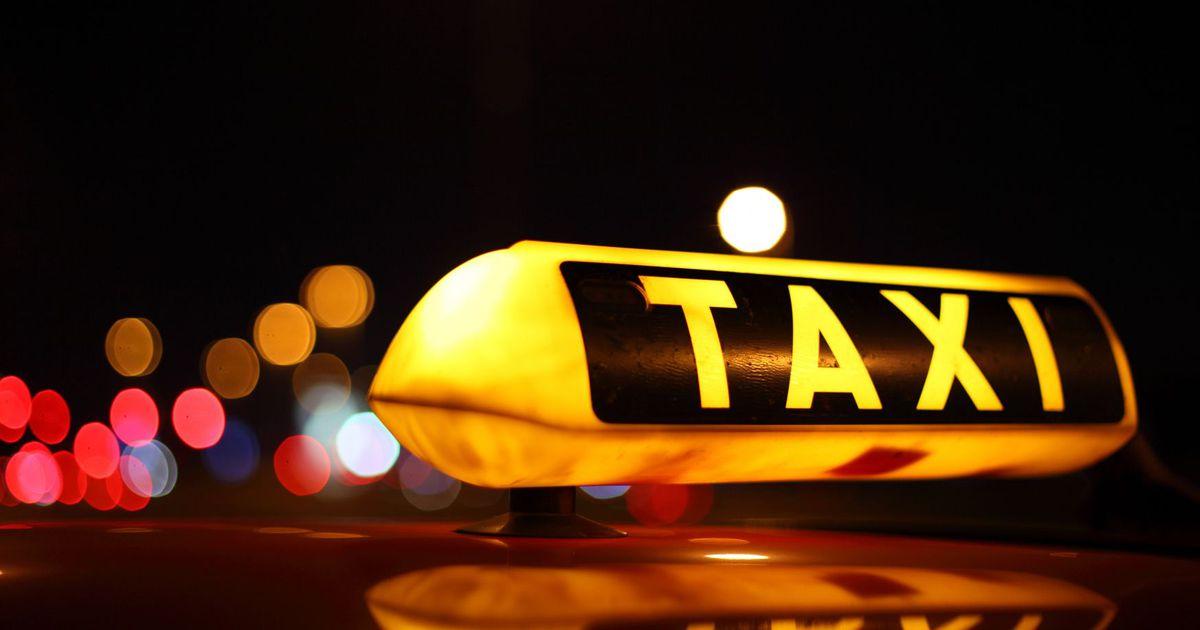 В Брянске таксист жестко обматерил девушку