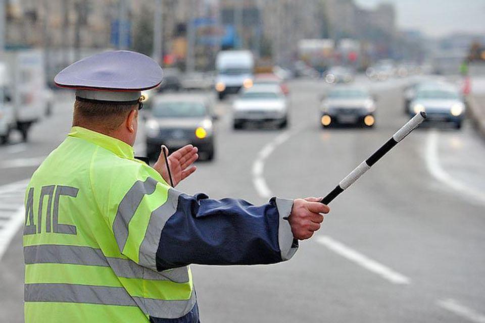 В Брянской области 40 водителей могут лишиться прав за выезд на встречку