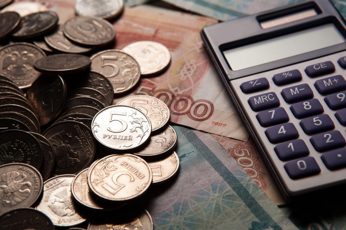 Руководитель брянской организации задолжал работникам 800 тыс рублей