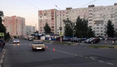 В Брянске водитель ВАЗа сломал нос 19-летнему парню