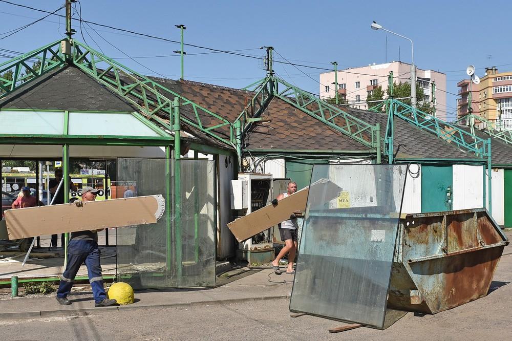 Депутаты решили убрать с улиц Брянска еще пять торговых киосков