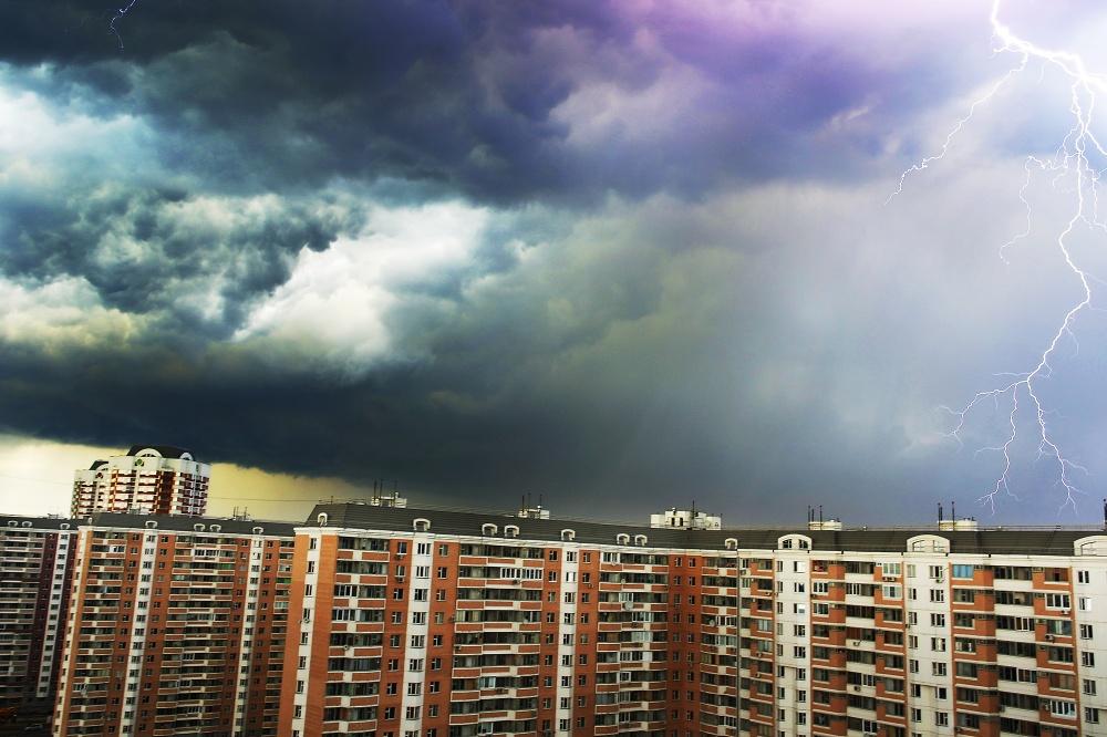 В субботу в Брянской области ожидается гроза и град