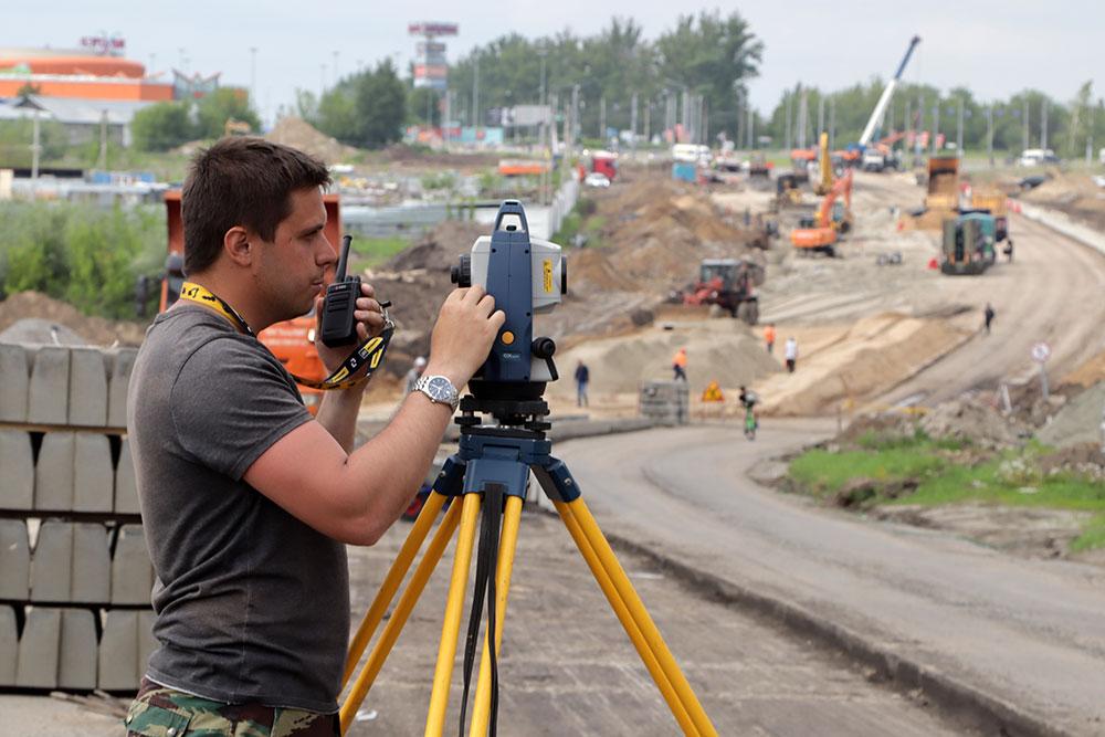 В Брянске на расширении Объездной дороги работает 40 единиц техники