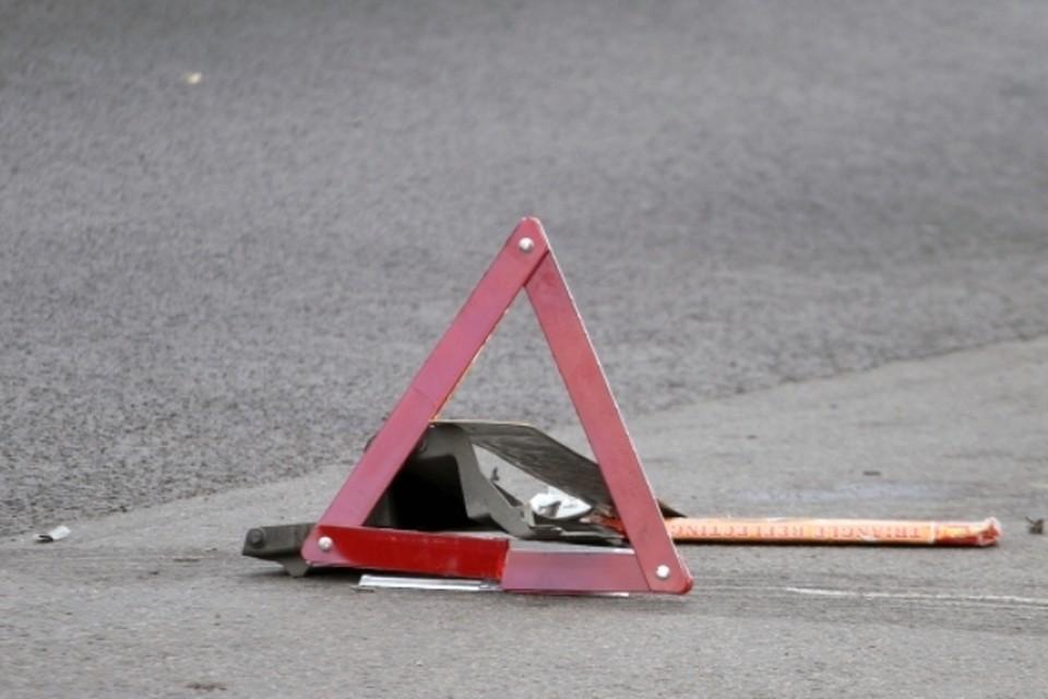 Около завода «Кремний» в Брянске столкнулись два легковых автомобиля