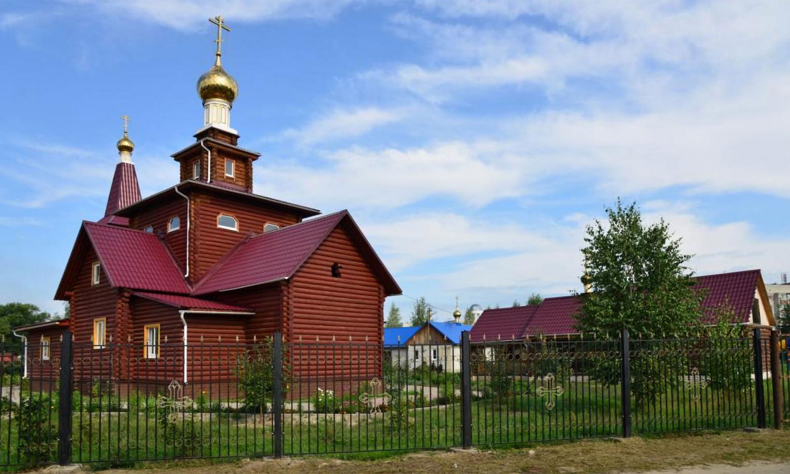 Храм князя Владимира в Брянске обрел святую икону с мощами