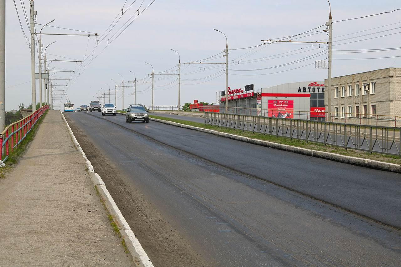 В Брянске на проспекте Московском строят новую кольцевую развязку