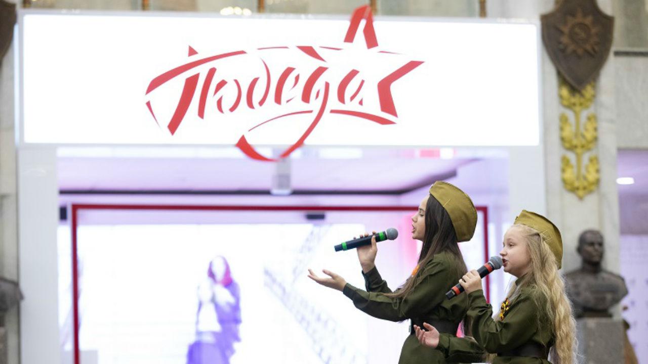Юный исполнитель из Брянска победил на Всероссийском фестивале «Журавли Победы»