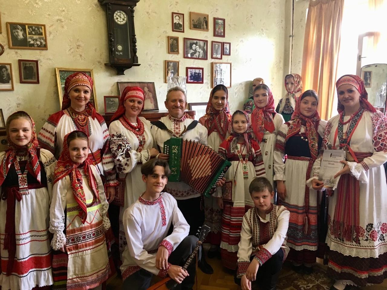 Брянский ансамбль «Берегиня» покажут по Первому каналу