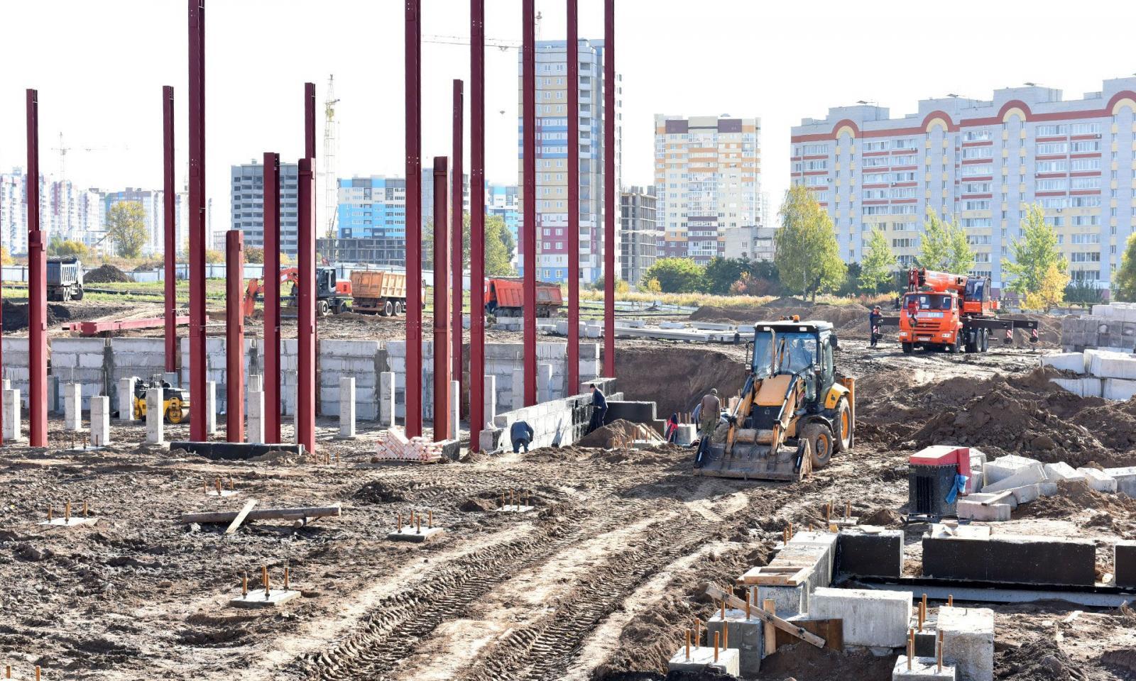Губернатор Александр Богомаз проинспектировал главные стройки города Брянска