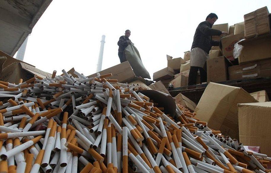 В Суземском районе задержали двух мужчин с поддельными сигаретами на 1,4 млн рублей