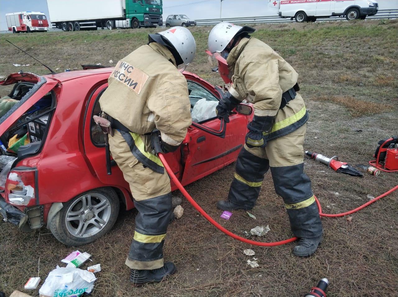 В Дубровском районе для вызволения пострадавшего в ДТП разрезали автомобиль