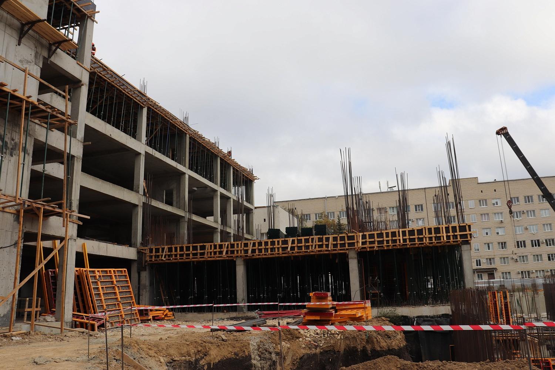 В Брянске новый корпус больницы №4 возведут к началу осени 2021 года