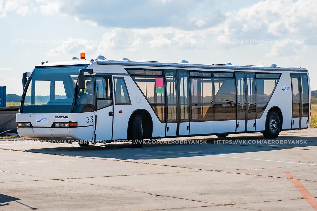 Международный аэропорт «Брянск» купил перронный автобус на 132 пассажира