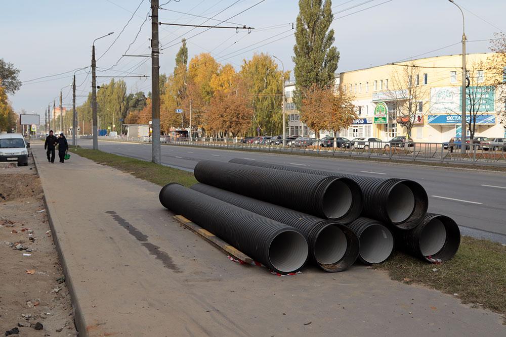 В Фокинском районе на проспекте Московском до конца года построят ливневую канализацию