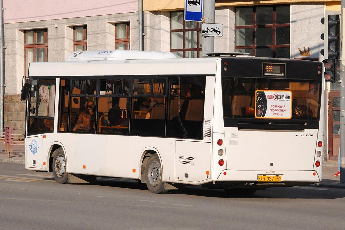Прокуратура через суд требует оборудовать троллейбусы Брянска согласно требованиям