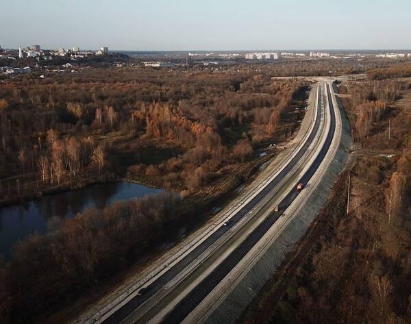 В Брянске крупную автомагистраль строят с опережением графика