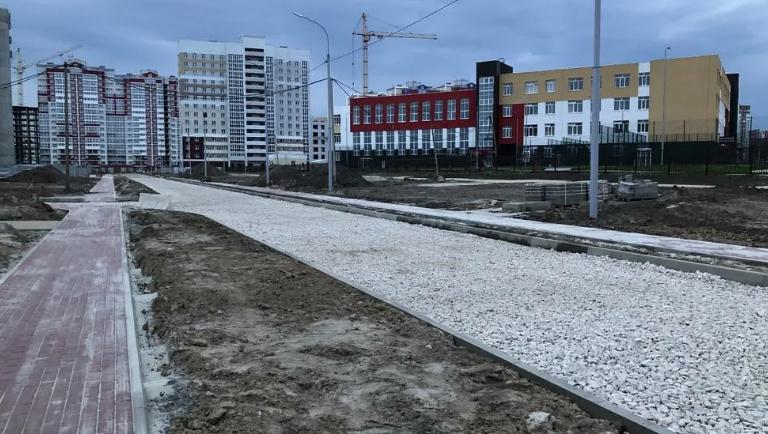 В Брянске сняли на фото песчаную бурю на территории старого аэропорта