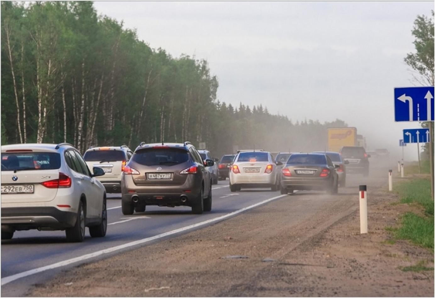 В Брянском районе сотрудники ГИБДД наказали водителей за езду по обочине