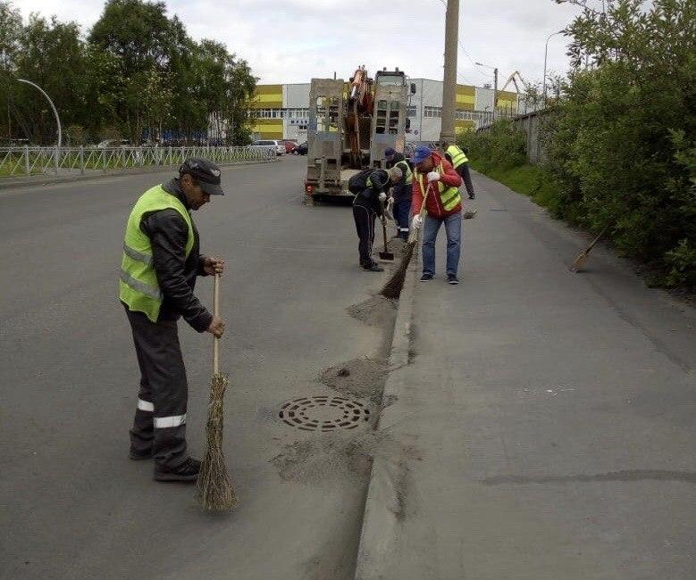 С центральных брянских улиц вывезли более 36 тысяч тонн песка