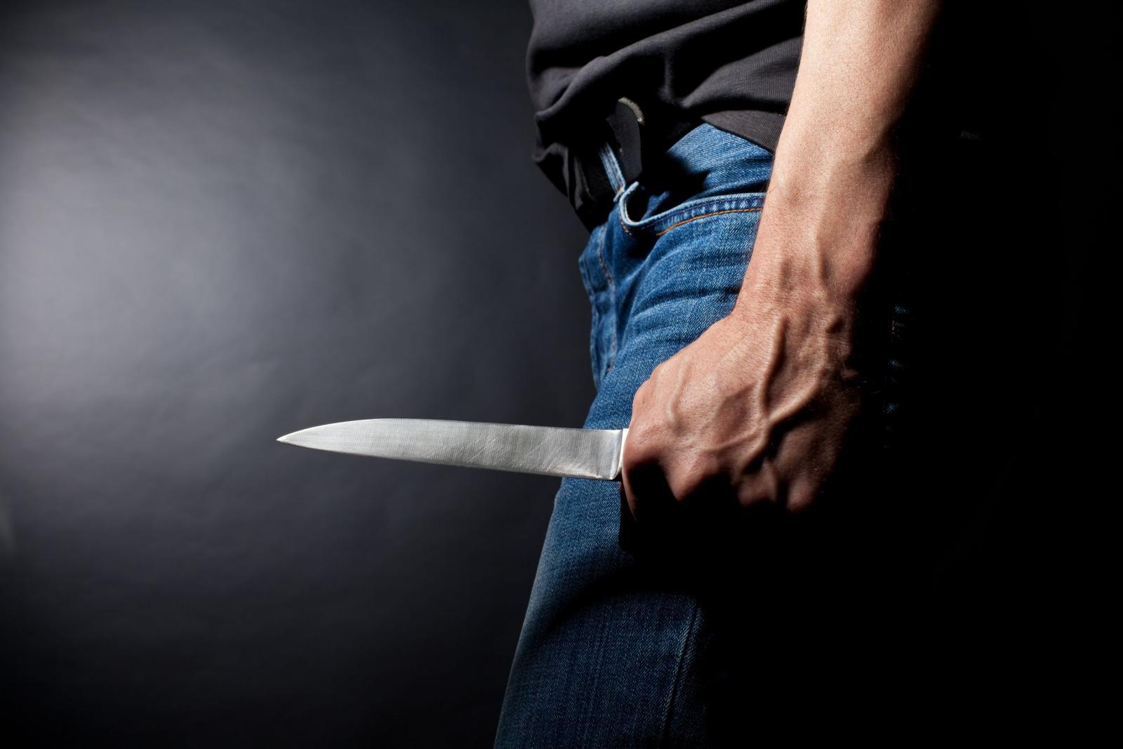 Мужчина зверски убил жену и ее родителей на глазах у детей