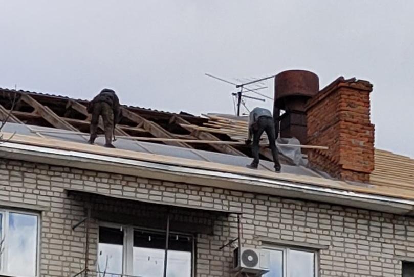 Кровельщики в Брянске работают без страховки