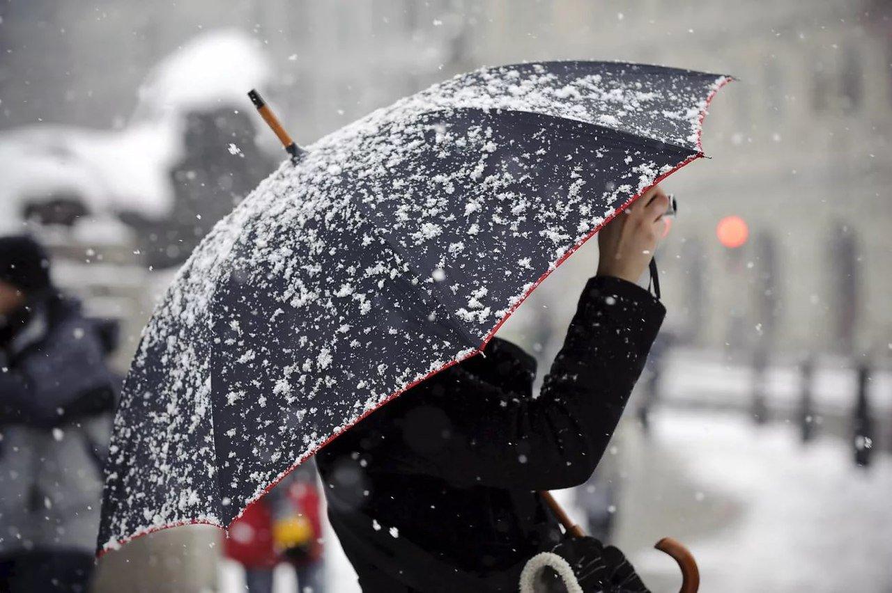 МЧС предупредило о ливнях и мокром снеге 17 октября в Брянской области