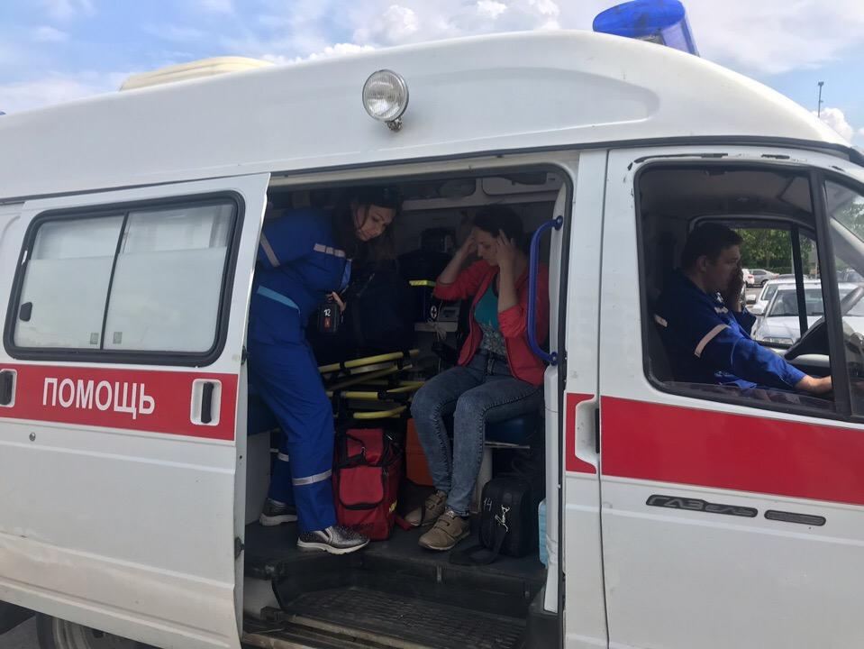 Под Брянском в серьезном ДТП пострадали двое детей и погибла 36-летняя женщина