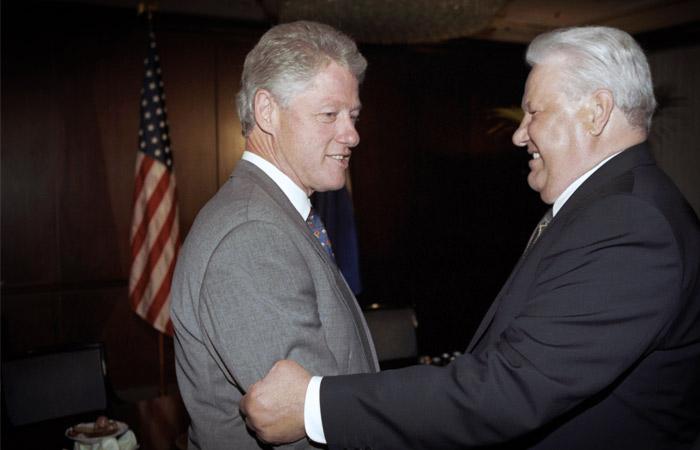 Обсуждали Путина: Появилась расшифровка разговора Ельцина с Клинтоном