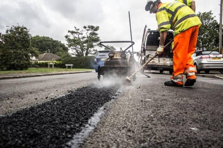 В этом году в Брянской области отремонтируют 600 километров дорог