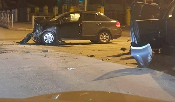 В жутком ДТП на улице Фокина в Брянске пострадала девушка