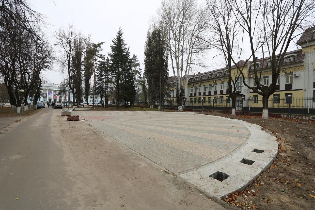 В Брянске установят 26 стел на площадке в сквере Павла Камозина