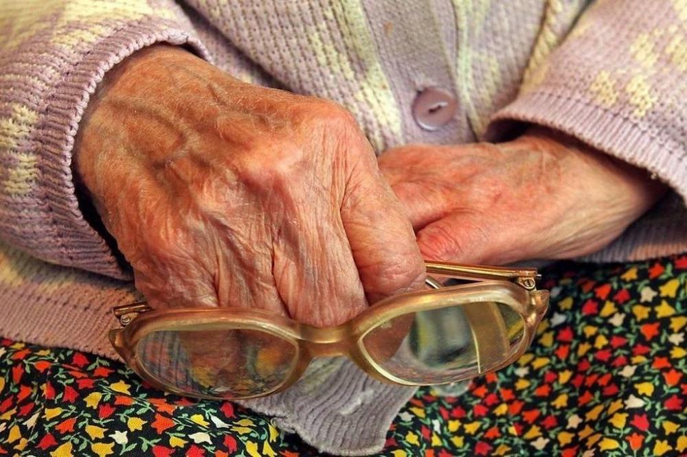 В Клинцах мужчина из Воронежа зверски избил 87-летнюю старушку