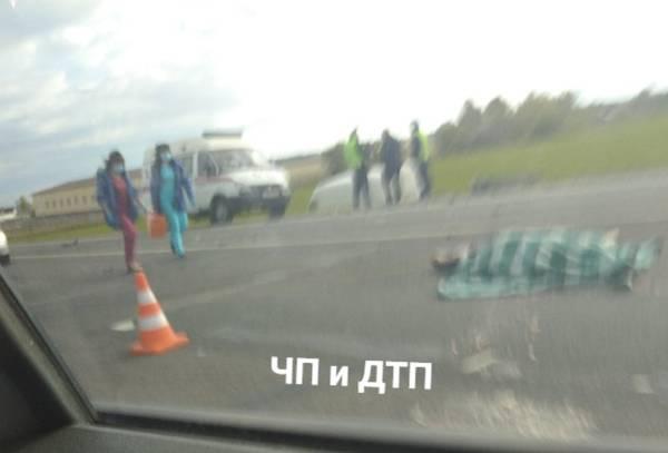 В страшном ДТП под Брянском погибла 23-летняя пассажирка Ford Mondeo