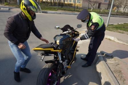 В Брянске скрытые патрули ДПС поймали 5 байкеров