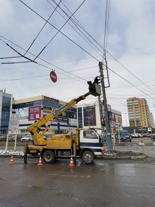 В Брянске у БУМа устанавливают дорожную камеру