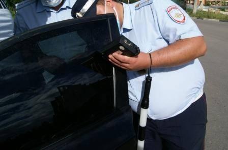 Полиция Брянска всё чаще обращает внимание на любителей тонировки