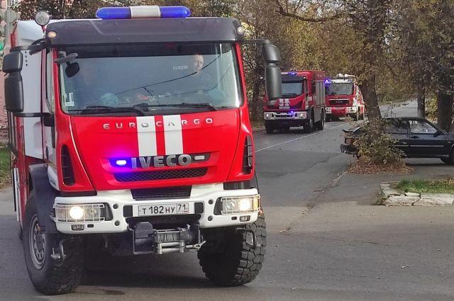 В Фокинском районе Брянска загорелся легковой автомобиль