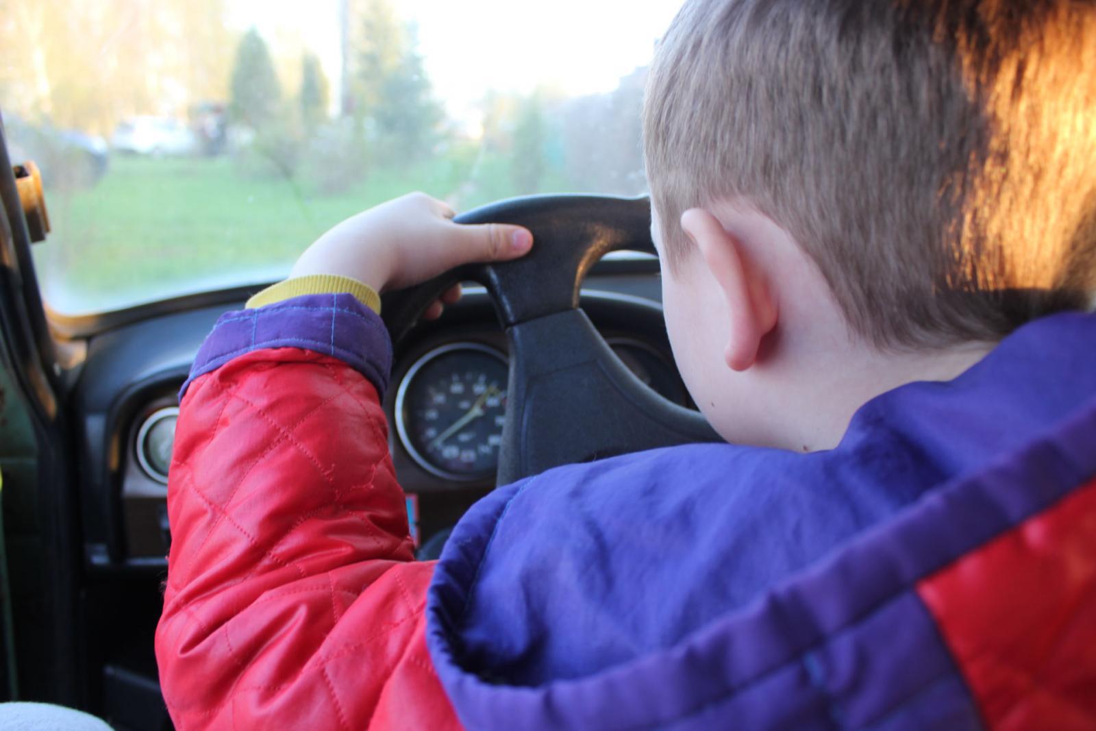В Брянске задержали двух водителей-подростков